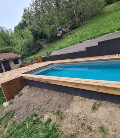 habillage bois piscine mornant